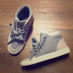 Grey Sweater/Suede High Tops.